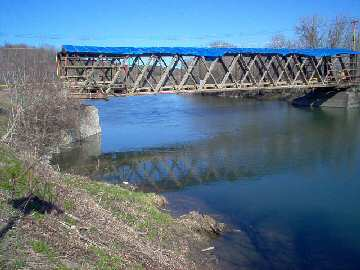 Buskirk Bridge. Photo by Dick Wilson, April 16, 2004