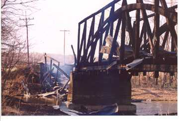 Jeffries Ford Bridge. Photo by Mike Cooper, April 2, 2002