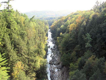 Quechee Gorge. Photo by Tom Keating, September 17, 2006